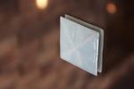 青白磁を使った美しい衝突防止アイテム